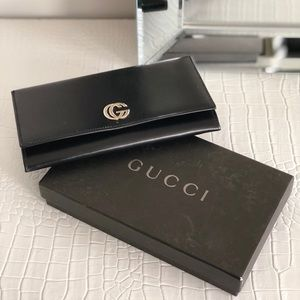Black Gucci leather Wallet